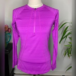 Athleta Long Sleeve Pull Over Top